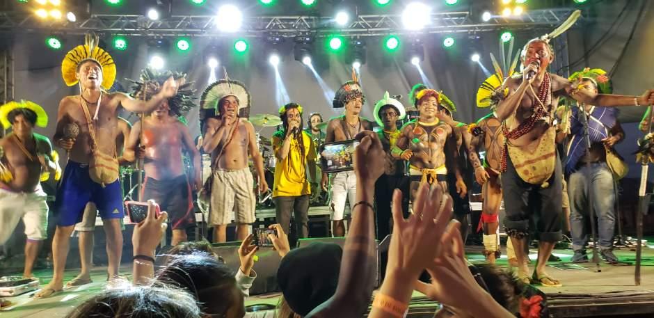 """Banda de reggae Ponto de Equilíbrio lança videoclipe """"Novo Governo"""","""