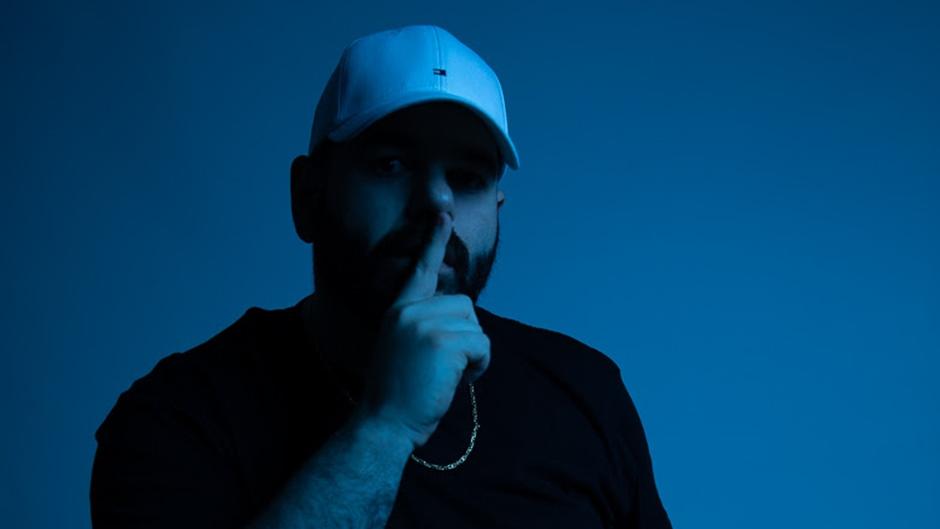 """O artista da Elektra – uma distribuição nacional Warner Music Brasil, Masked Wolf, revelou o novo single """"Say So"""", disponível hoje em todas as plataformas digitais."""