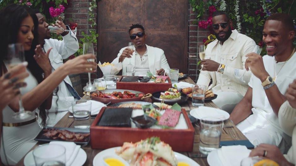 Nas celebra a vida em clipe com LeBron James e Russell Westbrook